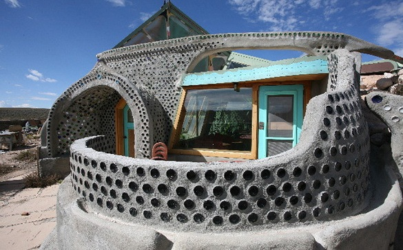 earthship-9-resize-small