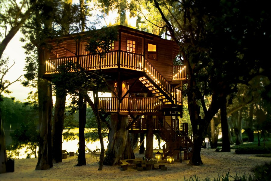 item10.rendition.slideshowHorizontal.treehouse-architecture-11-casa-na-avore-brazil