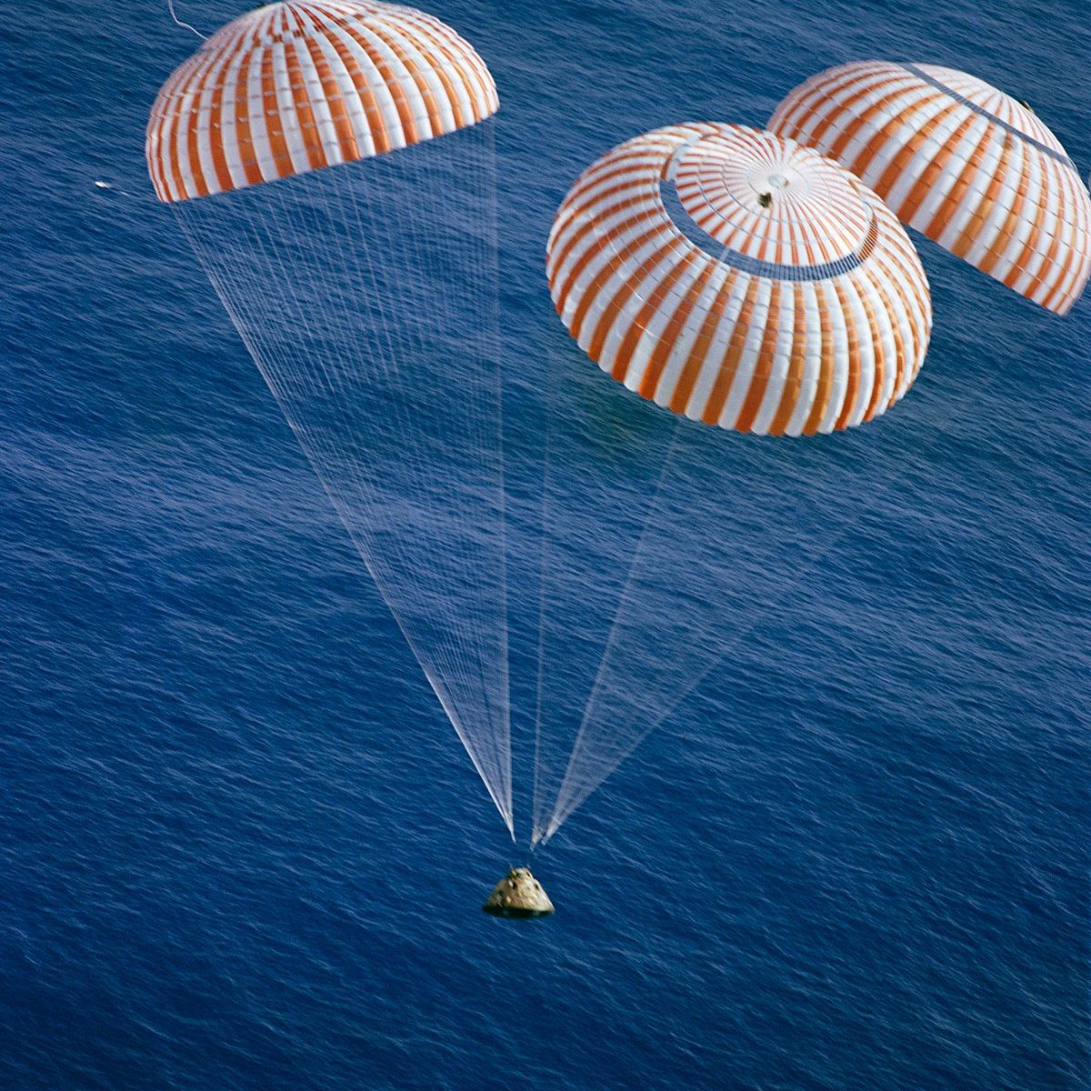 Picture of space capsule landing at sea